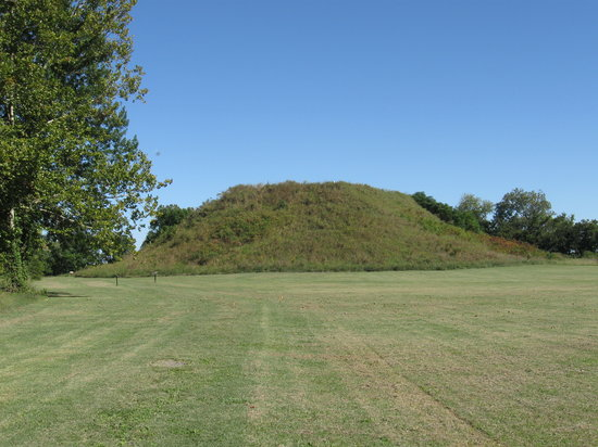 main-mound-at-winterville